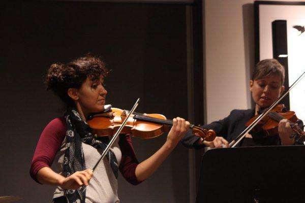 Baka Cafe Violinists